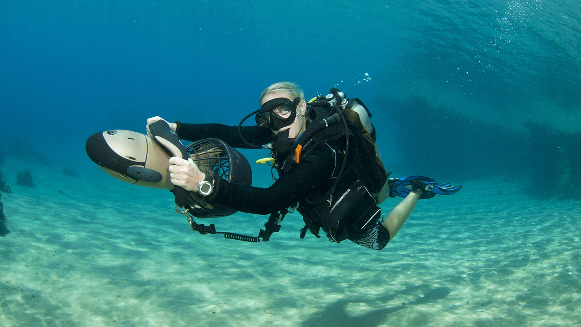 DVP-Scuba-Diving-Phuket-Thailand-PADI-Specialty-Course